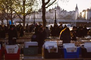 Book market on the Thames